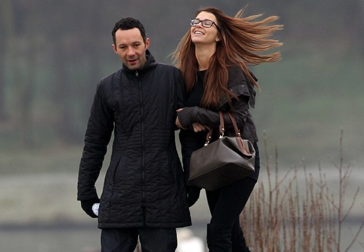 Родри Гиггз с женой