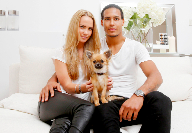 Ван Дейк с женой