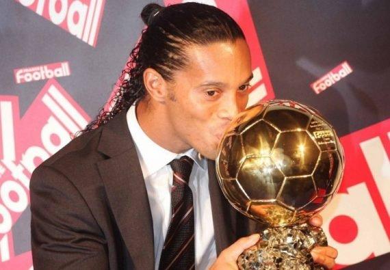 Роналдиньо Золотой мяч