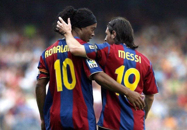 Роналдиньо и Месси