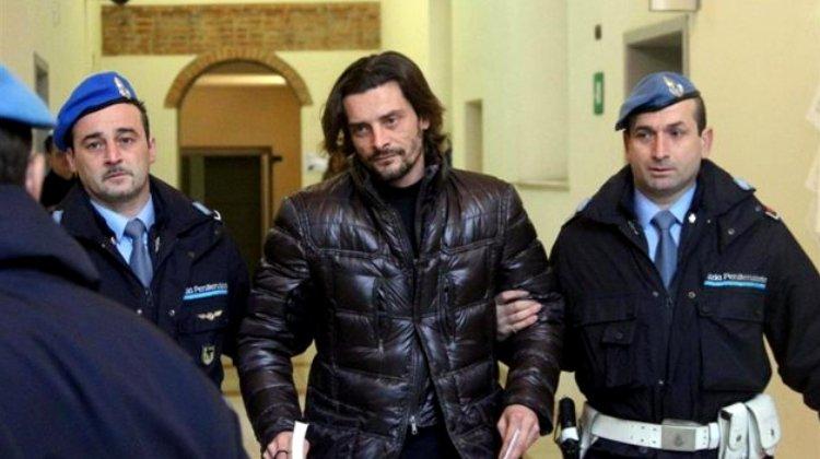 Экс-игрок сборной Италии под домашним арестом. Он попался на выращивании конопли