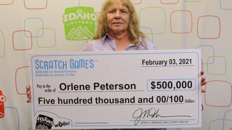 Американка два дня подряд срывала лотерейный джекпот на 500 000 долларов