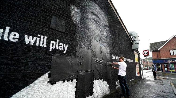 В Манчестере вандалы испортили граффити с изображением Маркуса Рашфорда