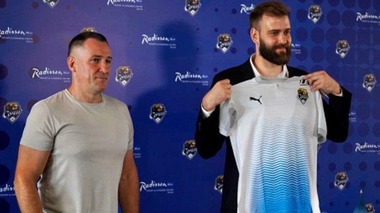 ФК «Сочи» и БК «Леон» заключили контракт на один сезон
