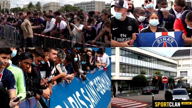 Фанаты ПСЖ в ожидании Месси оккупировали аэропорт и стадион в Париже